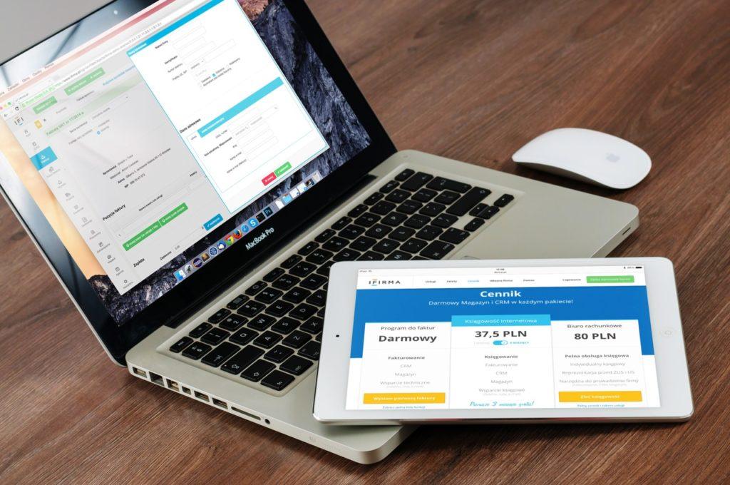 macbook-laptop-ipad-apple-38519
